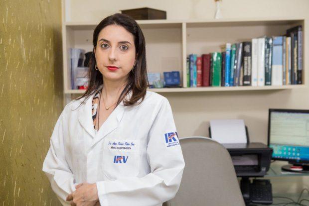 Covid-19: médica afirma que pessoas com câncer devem manter cuidados após vacina