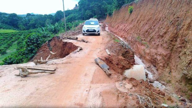Chuva causa estragos e queda de barreiras na zona rural de Ibatiba