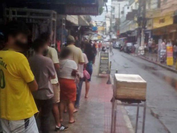 Após filas, governo libera casas lotéricas para funcionar de segunda a sábado