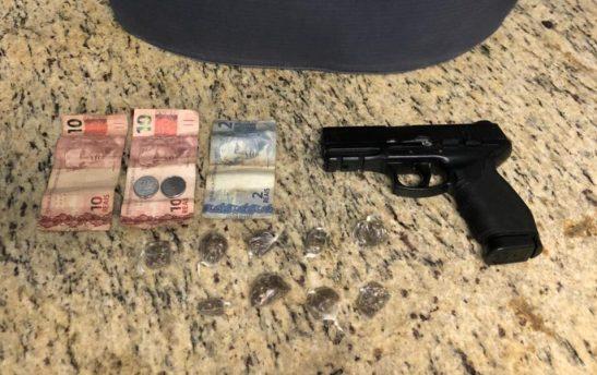 Adolescente de 13 anos preso em Cachoeiro após assalto com pistola de airsoft