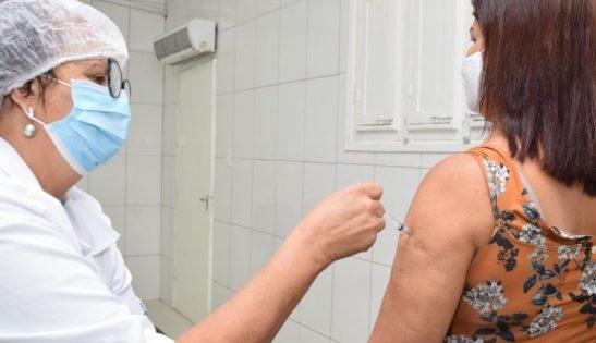 Cachoeiro começa a vacinar pessoas de 55 a 59 anos contra Covid-19