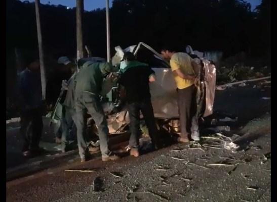 Caminhão desce a serra de Soturno sem freio e atinge dois veículos – veja o vídeo
