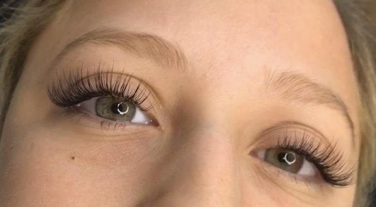 eyelash ext 5 - Eyelash Extensions