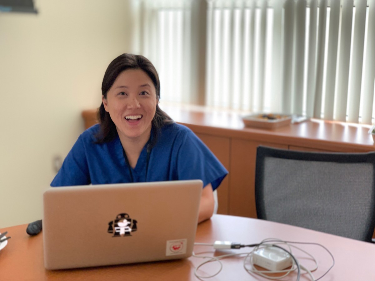 SALSA's Laura Shin is first podiatric surgeon to give plastic surgery research rounds @KeckMedUSC