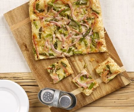 Asparagus and Cracked Pepper Turkey Tart