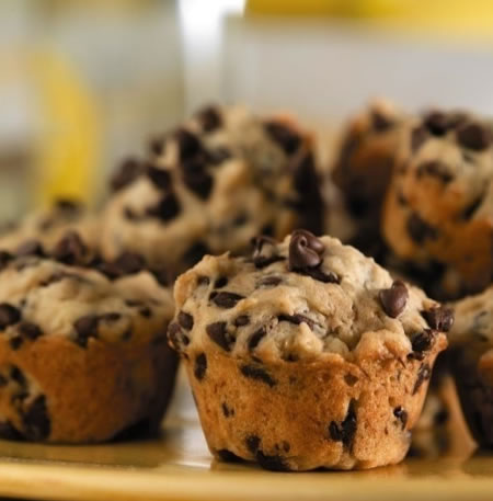 Banana Chocolate Chip Mini Muffins Recipe Photo - Diabetic Gourmet Magazine Recipes