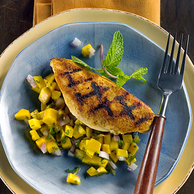 Grill Pan Chicken With Fiery Mango-Ginger Salsa Recipe Photo - Diabetic Gourmet Magazine Recipes