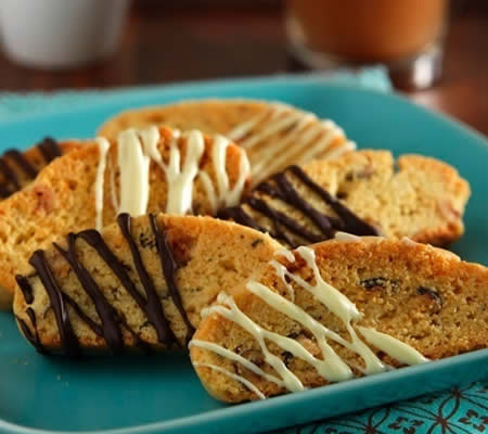 Hazelnut Biscotti recipe photo from the Diabetic Gourmet Magazine diabetic recipes archive.