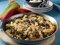 Rotini with Ground Beef and Spinach Recipe Photo - Diabetic Gourmet Magazine Recipes