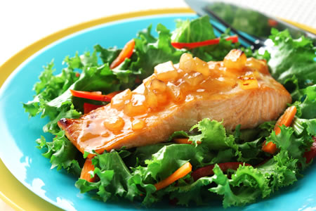 Salmon Fillets with Hot Mango Chutney