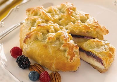 Triple Berry Baked Brie Recipe Photo - Diabetic Gourmet Magazine Recipes