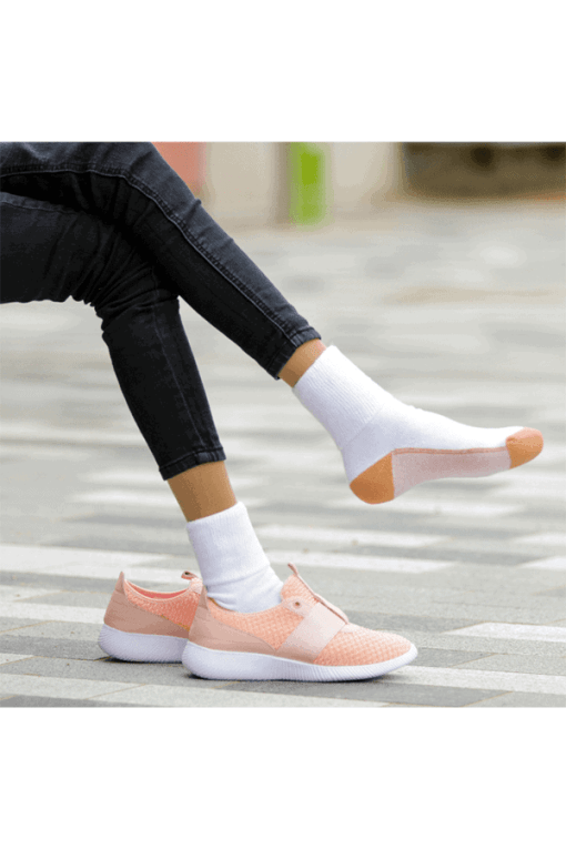 DIABETIC SOCKS GLUCOLOGY WHITE PAIR IN SHOES