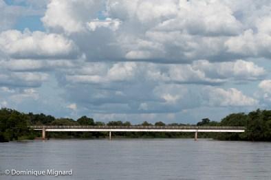 Le pont de Mfuwe à l'entrée du parc national de la South Luangwa