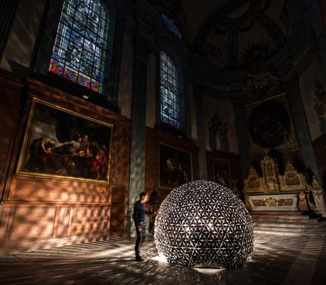 Lotus-Dome, installation de Dan Roosegaarde
