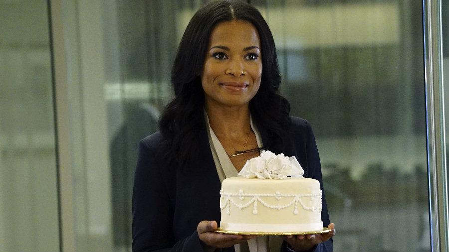 Ton mec est parti ? Viens, on va manger du gâteau !