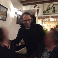 Benoît Hamon et Jean-Luc Mélenchon  se sont longuement vus vendredi soir en plein Paris