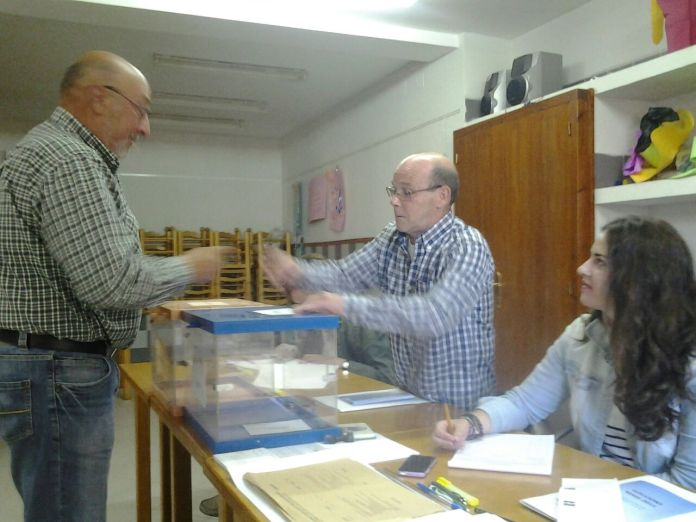 Primers votants a Sorita