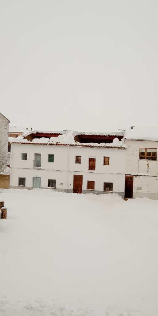 Teulades caigudes a Vilafranca