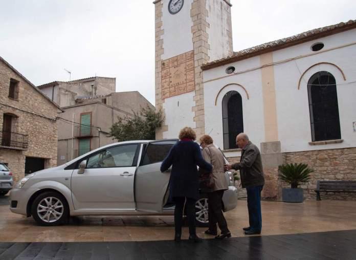 Taxi amb finalitats mèdiques a Tírig, imatge d'arxiu