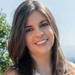 Gabriela Flores