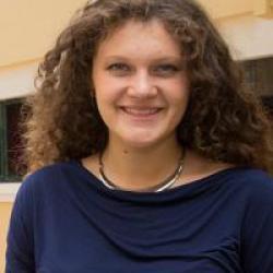 Melanie Valencia