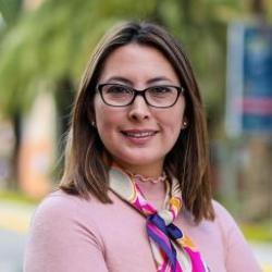 Viviana Del Cisne Espinoza Loayza