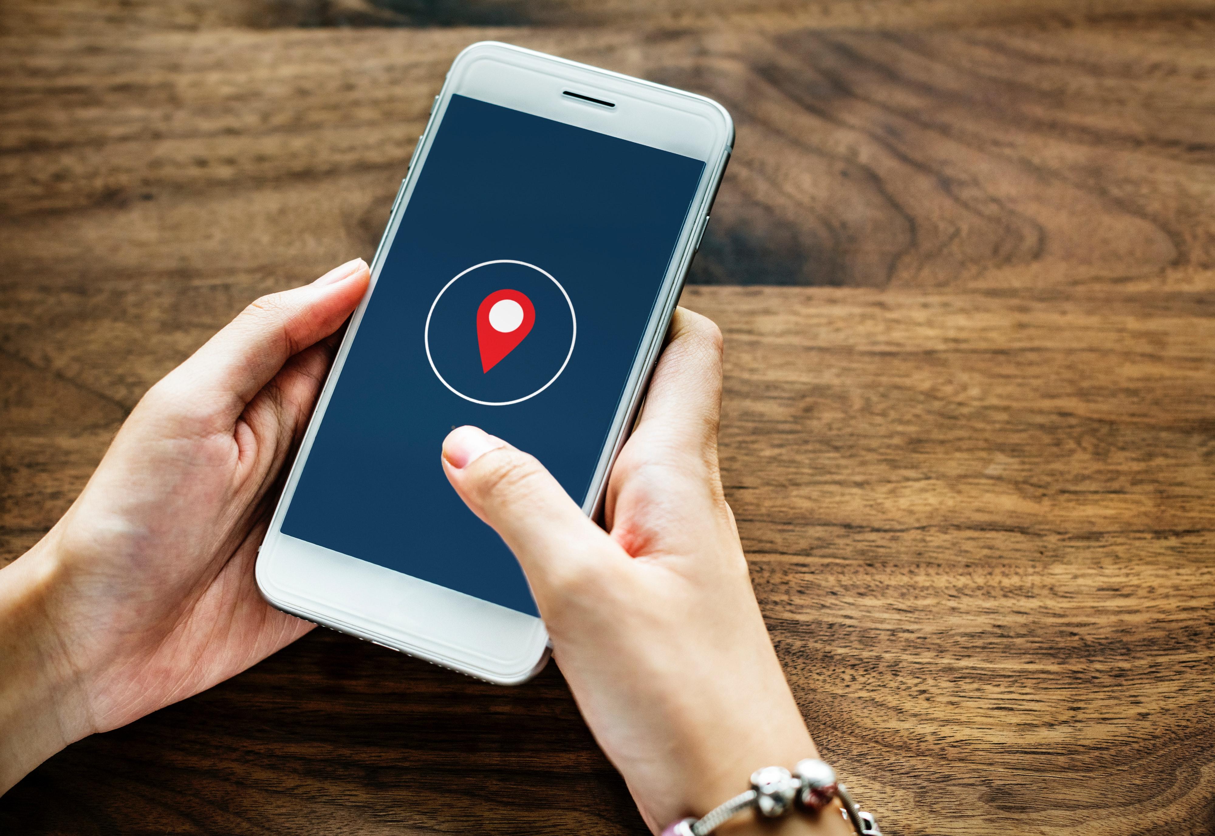La UTPL presentó una app web para el monitoreo de indicadores hoteleros en Loja