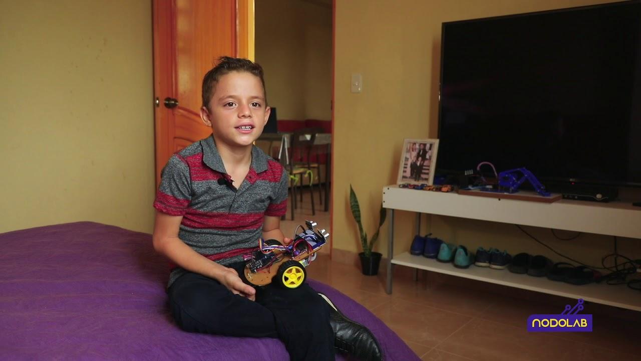 La UTPL ofrece formación digital para niños con cursos de robótica