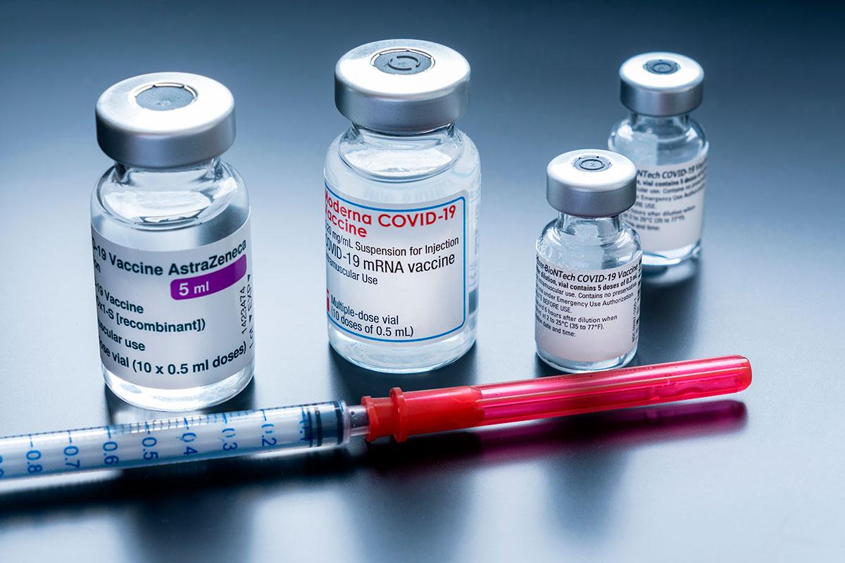 ¿Solo el gobierno o es válido el apoyo del entorno privado para distribuir vacunas?