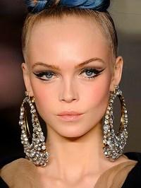 Look Elegant And Sassy In Your Big Hoop Earrings | Pink ...