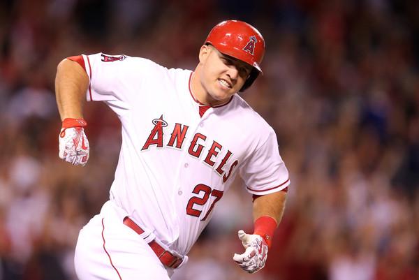 Mike+Trout+Boston+Red+Sox+v+Los+Angeles+Angels+_u1LyhonKm_l