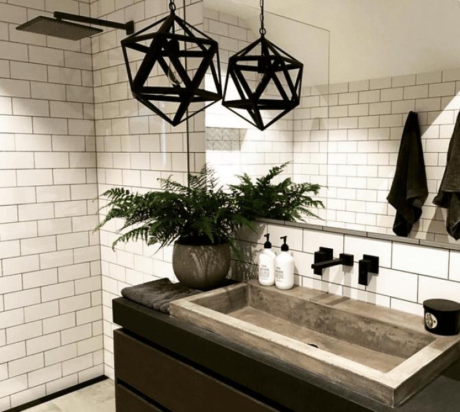 black-bathroom-fittings1