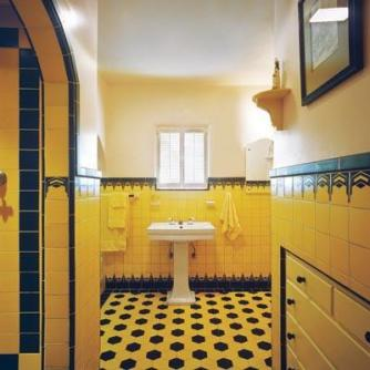 Vibrant and colourful Art Deco inspired Bathroom