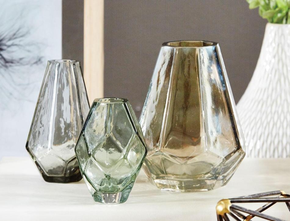 m_f-mini-glass-prism-vases-186507-r