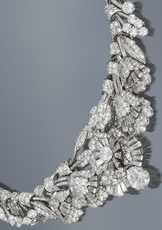 Detail view; Art Deco diamond tiara necklace bracelet, circa 1935. Almost 39 carats of diamonds wearable in 3 different ways. Via Diamonds in the Library.