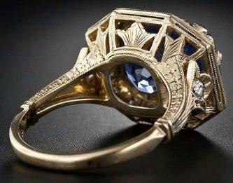 8.62 carat Art Deco-style sapphire and diamond ring. Via Diamonds in the Library.