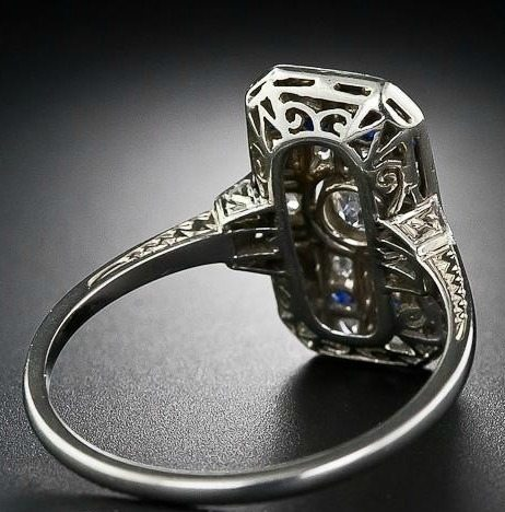 A beautiful early Art Deco diamond and sapphire dinner ring. Via Diamonds in the Library.