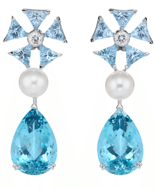 Earrings inspired by Cinderella. From Disney and Chopard's Disney princess collection. Via Diamonds in the Library.