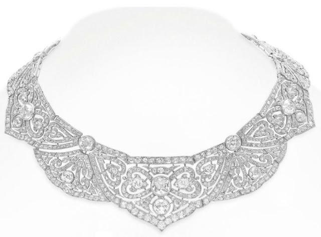 A Belle Epoque diamond necklace. Via Diamonds in the Library.