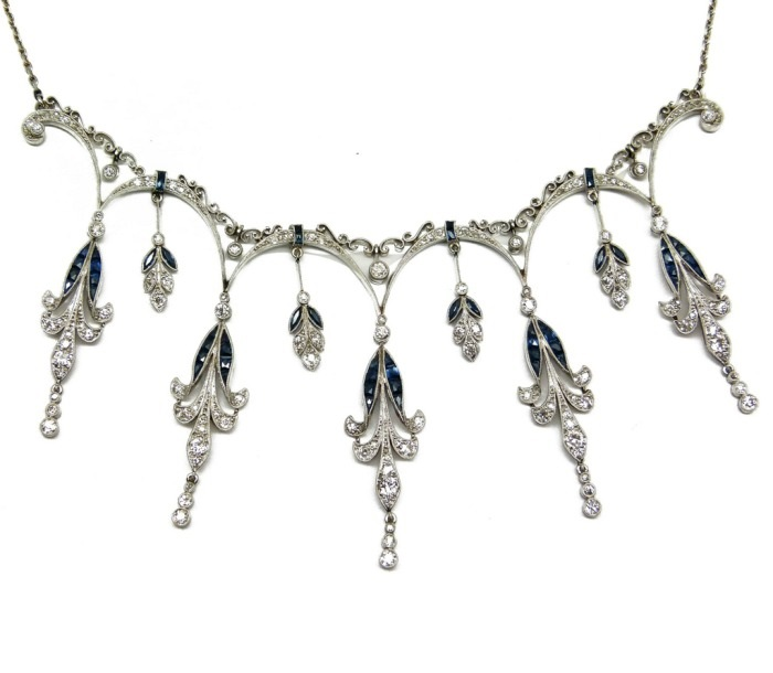 Belle Epoque diamond and sapphire fringe necklace. French, circa 1900. Via Diamonds in the Library.