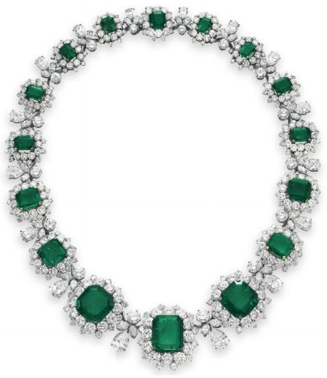 Necklace from Elizabeth Taylor's Bulgari emerald and diamond suite, circa 1962. Via Diamonds in the Library.