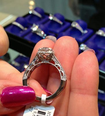 Beautiful, delicate details on the side of a diamond engagement ring by Tacori. Via Diamonds in the Library.