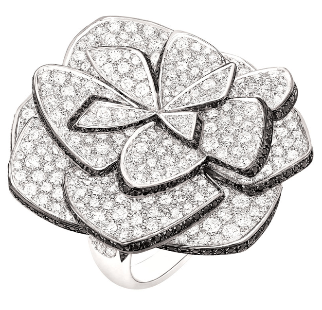 Chanel's Ruban de Camélia ring from the Jardin de Camélias collection. Via Diamonds in the Library.