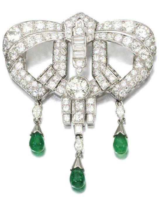 Art Deco emerald and diamond brooch, circa 1930's. Via Diamonds in the Library.