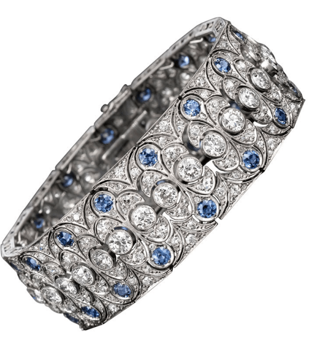 Art Deco diamond and sapphire bracelet with 18.00 carats of sparkling white diamonds and 8.00 carats of azure blue sapphires, all set in platinum. Via Diamonds in the Library.