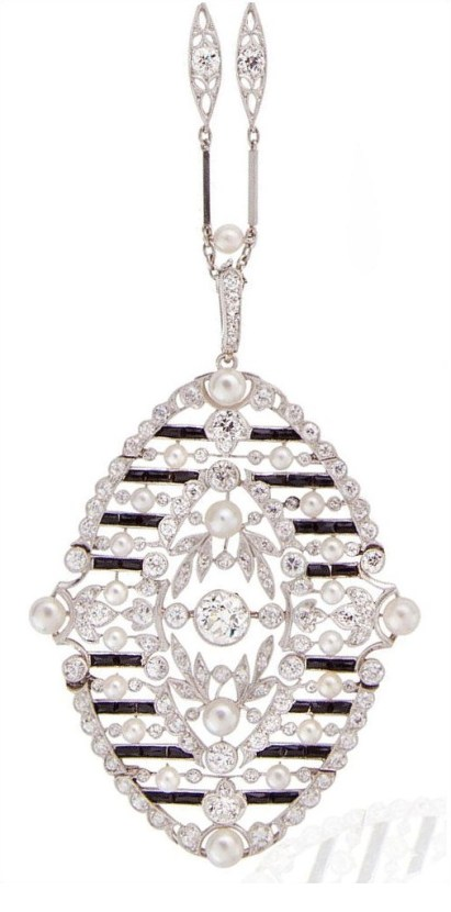 Antique Belle Epoque diamond and onyx necklace, circa 1910. Via Diamonds in the Library.