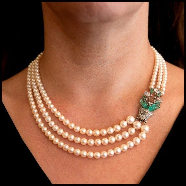 Art Deco Boucheron Pearl Necklace With Bejeweled Clasp