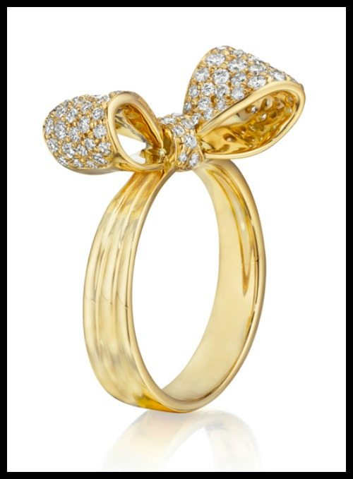 Mimi So petite bow ring in 18k yellow gold with diamonds.