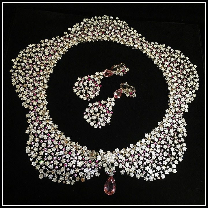 Pasquale Bruni diamond and pink gemstone collar from the Field of Flowers collection