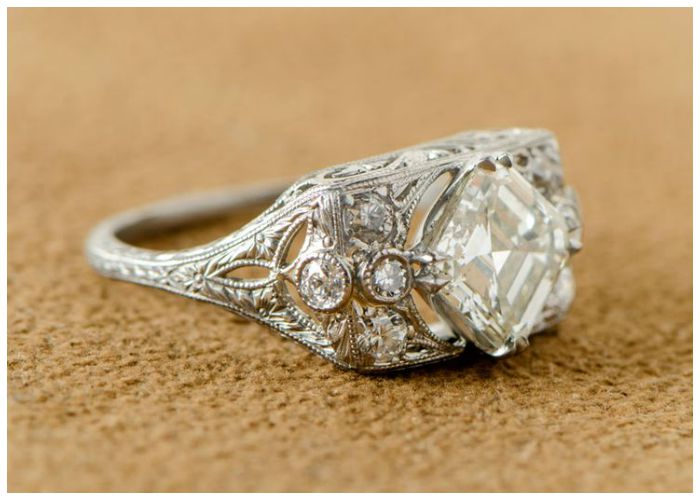 Antique Art Deco engagement ring with a 1.60 carat Asscher cut diamond, circa 1930.